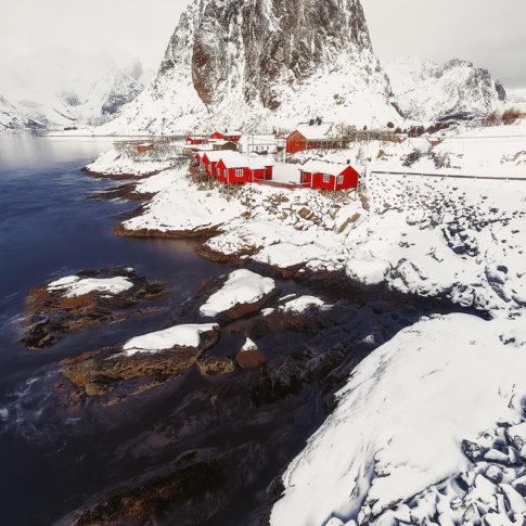 Хамной - най-старото и живописно рибарско селище в Лофотен, Норвегия